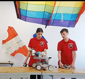 280 команд юных изобретателей из 40 регионов России и Румынии устроили онлайн-баталии