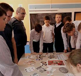 Школьников учат вести семейный бюджет