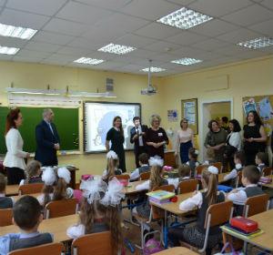 Участники всероссийского конкурса «Директор школы» знакомятся с работой специализированных классов красноярских образовательных учреждений