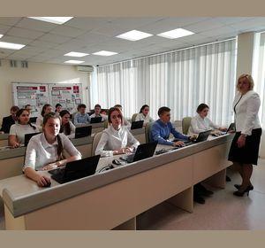 Красноярские школы переходят на симуляторы