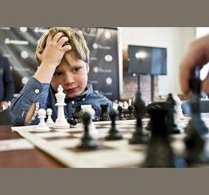 В половине красноярских школ ввели «шахматные» уроки