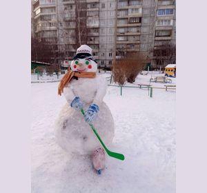 Участники Студенческих игр превратились в снеговиков