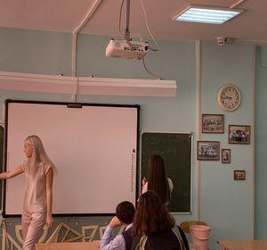 В школьных классах начали устанавливать камеры видеонаблюдения