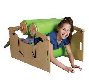 В детском саду появилась машина для обнимания